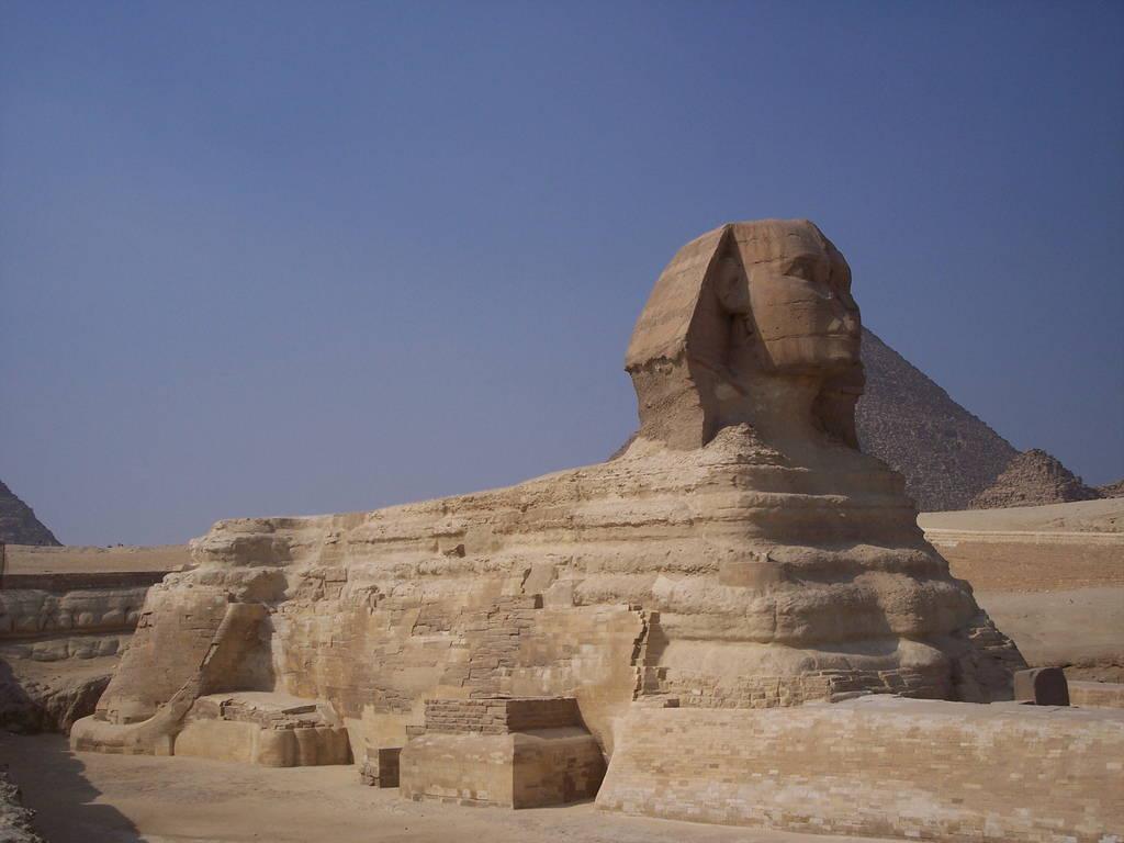 Mythologisch wezen bij de piramides van gizeh