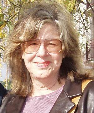 Nancy Talbott is de vrouw die Robbert van den Broeke al sinds zijn vroege jeugd volgt en wetenschappelijk onderzoek doet naar zijn talenten en ervaringen.