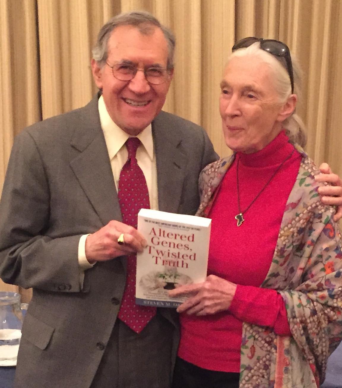 Auteur Steven Druker en schrijver van het voorwoord van het alles-onthullende boek rondom de gevaren van GMO: 'Altered Genes, Twisted Truth'..