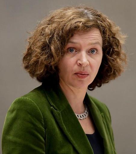 Edith Schippers WantToKnownl Minister Edith Schippers toont ware gezicht
