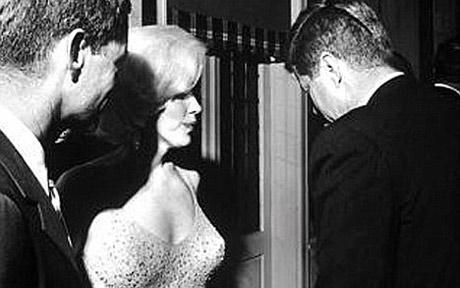 De relatie die JFK met Marilyn Monroe had, is wereldwijd uitgemeten. De verhalen van Brice Taylor zijn zelden in het nieuws geweest..!