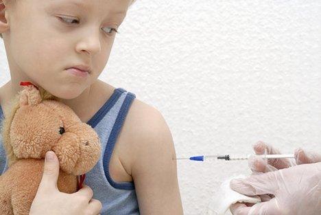 De oproep om kinderen van 0 - 4 jaar te vaccineren is de kolder ten top.