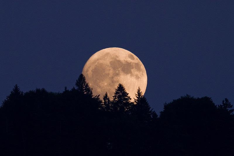 Afbeeldingsresultaat voor maan
