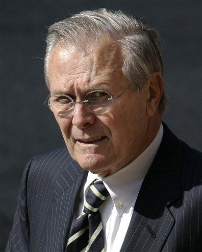 De uiterst sluwe Donald Rumsfeld is een doortrapt politicus, die al zoveel leugens vertelt heeft, dat 'Waarheid' voor hem onontgonnen terrein is..!