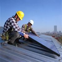 Arbeidsplaatsen in de solarindustrie zijn aan een indrukwekkende opmars bezig.